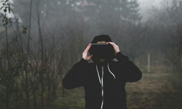 virtual-reality-1898441_1280.jpg