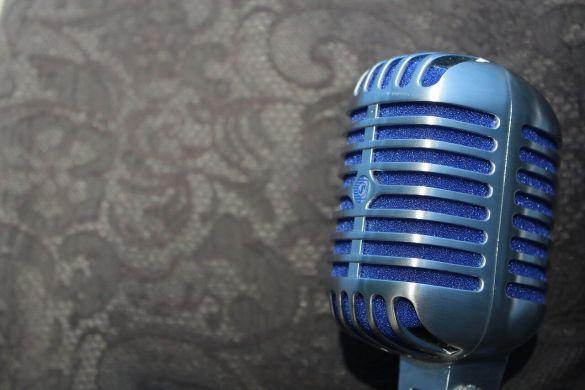 mic-2345163_1280.jpg