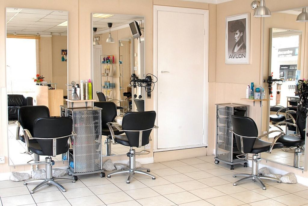 CRM для салона красоты: парикмахерской, маникюрного, массажного, спа-салона