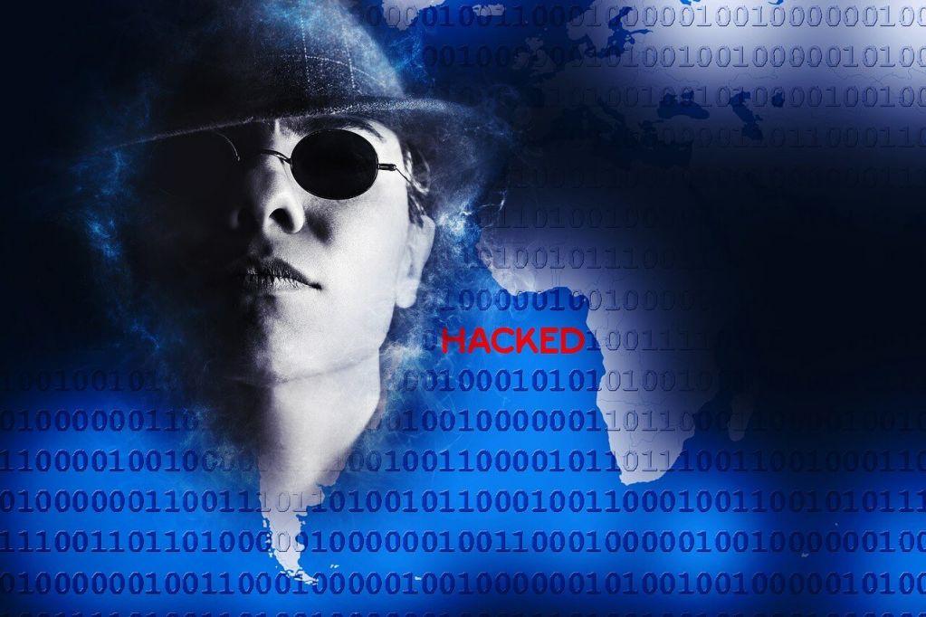 hacker-1881694_1280.jpg