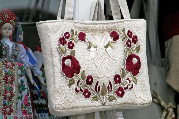 shop-1032676_1280.jpg