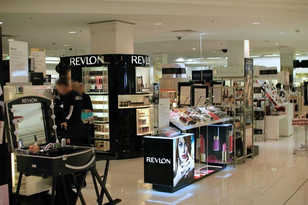 department-store-265135_1280.jpg