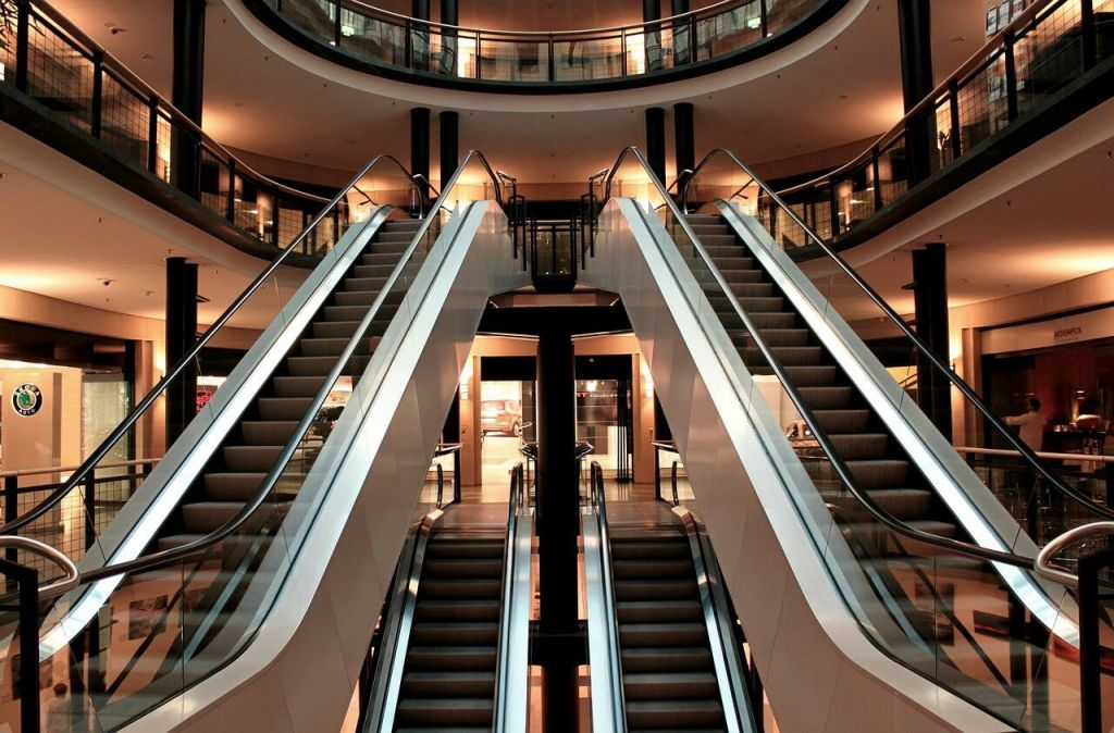 escalator-283448_1280.jpg